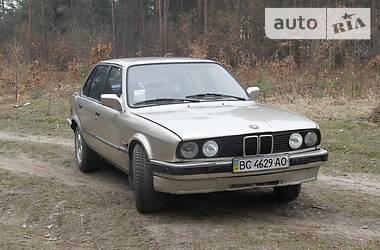 BMW 324  1988