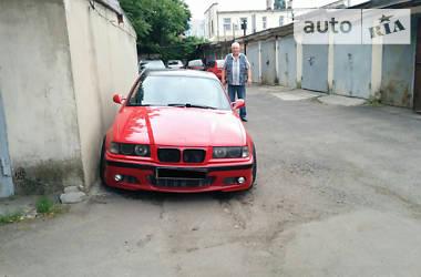 BMW 325  1994