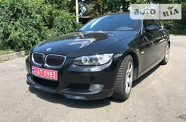BMW 325 xi Coupe 2007