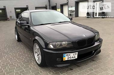 BMW 325  2000