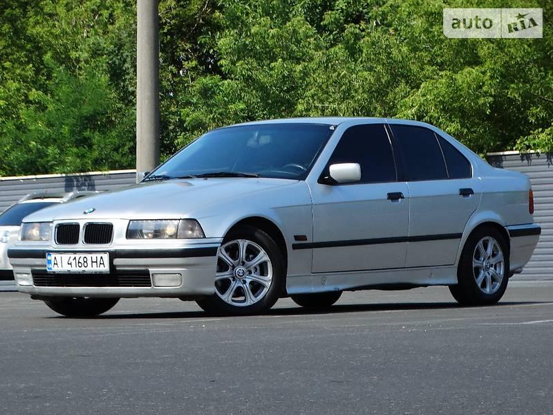 BMW 3 1996 года