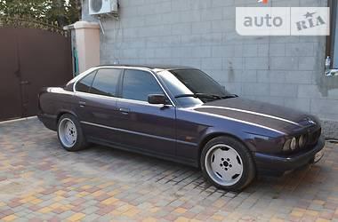 BMW 5 Series GT  m60b30. 1994