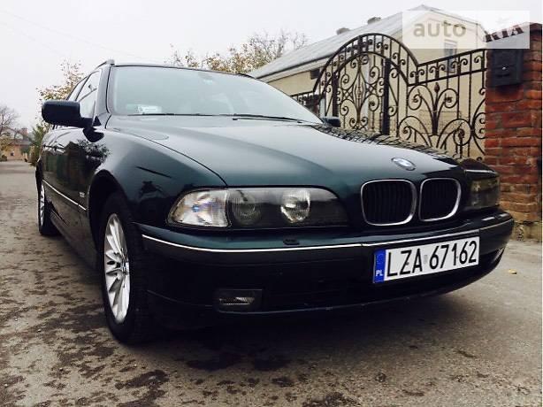 BMW 5 1999 року