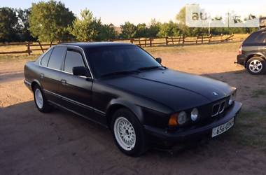 BMW 520 i е34 1989