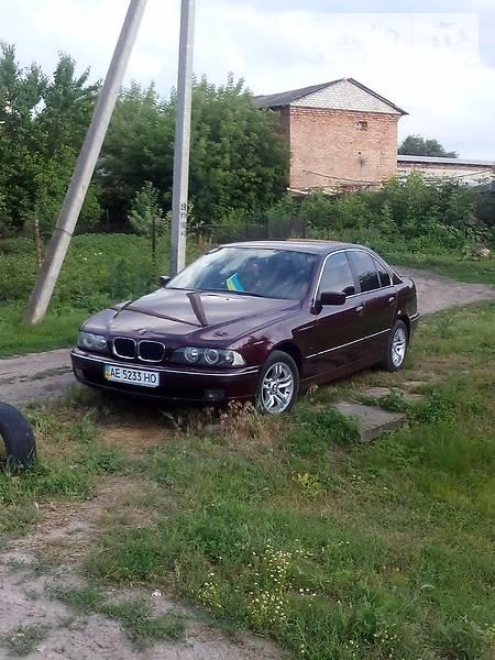 BMW 5 1998 року