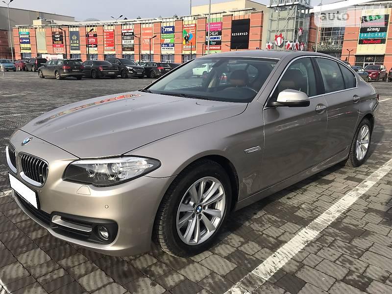 BMW 5 2016 року