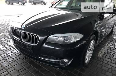 BMW 520 official  2013