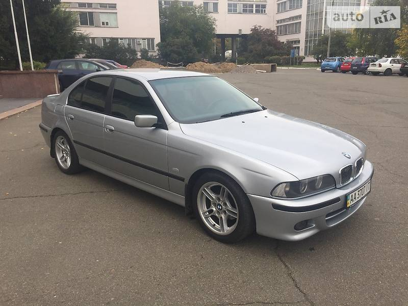 BMW 5 1997 року