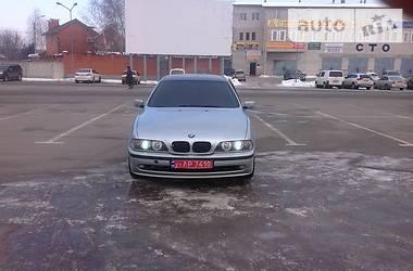 BMW 528  2000
