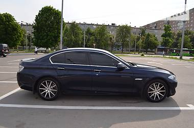 BMW 528 X-Drive 2012