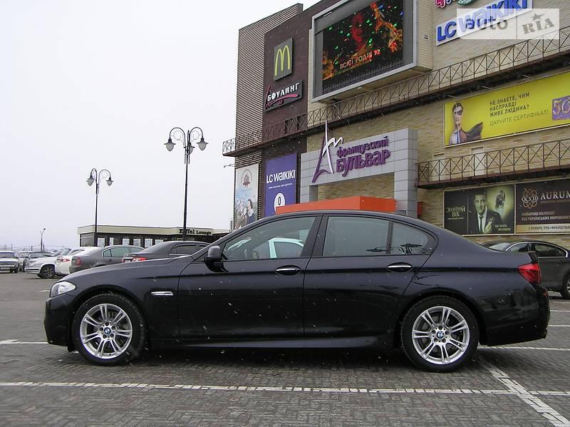 BMW 5 2012 року
