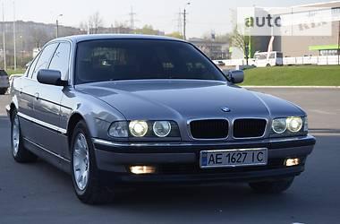 BMW 730   1995