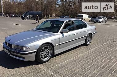 BMW 735  1999