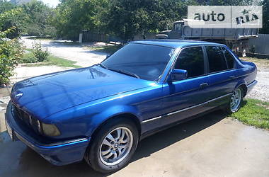 BMW 735  1989