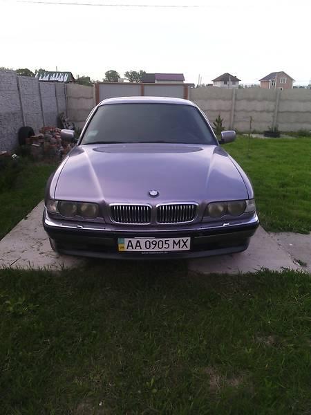 BMW 7 1999 року
