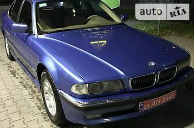 BMW 740   2000