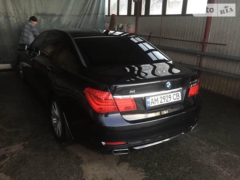 BMW 7 2008 року