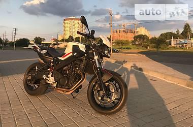BMW F F800R 2011