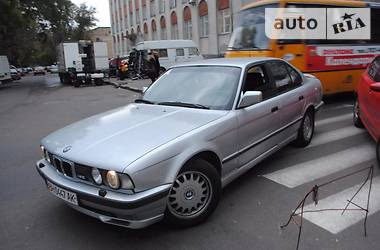 BMW M5 M5 3.6 315л.с 1991
