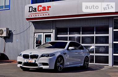 BMW M5  2013