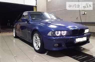 BMW M5  2002