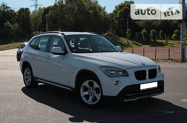 BMW X1 XDRIVE AT  2011