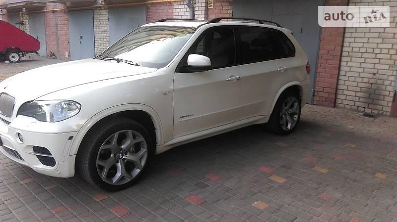 BMW X5 2011 года