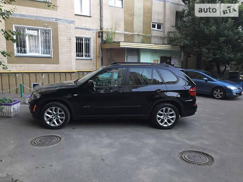 BMW X5 2010 года
