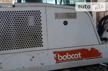Bobcat 331  2002