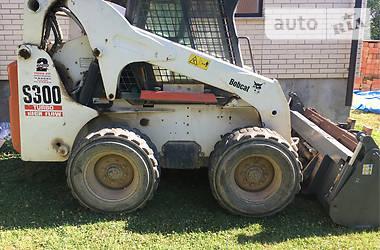 Bobcat S300  2004