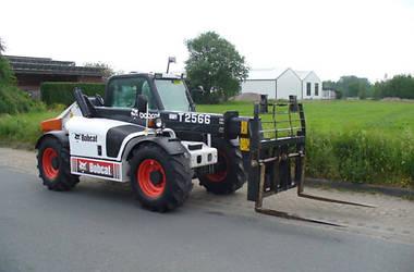 Bobcat T2566  2001
