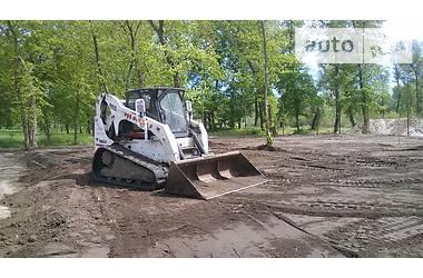 Bobcat T300  2004