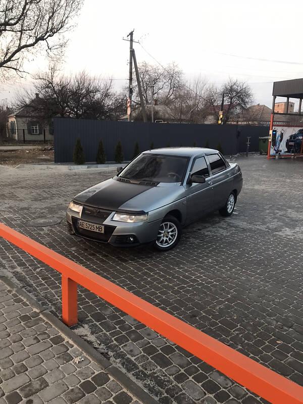 Богдан 211040