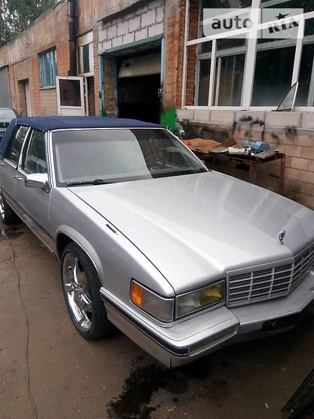 Cadillac De Ville 1986 года