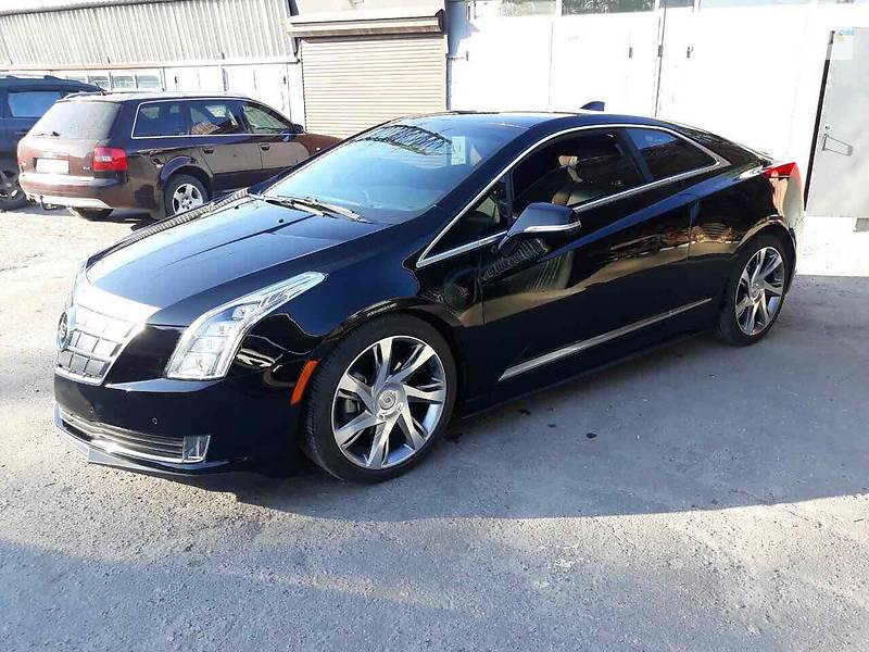 Cadillac ELR 2014 года