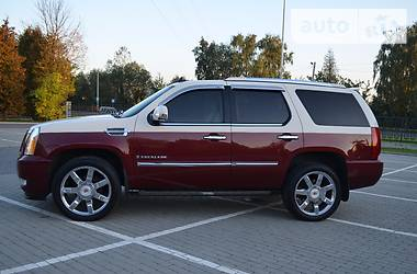 Cadillac Escalade Luxury 2008