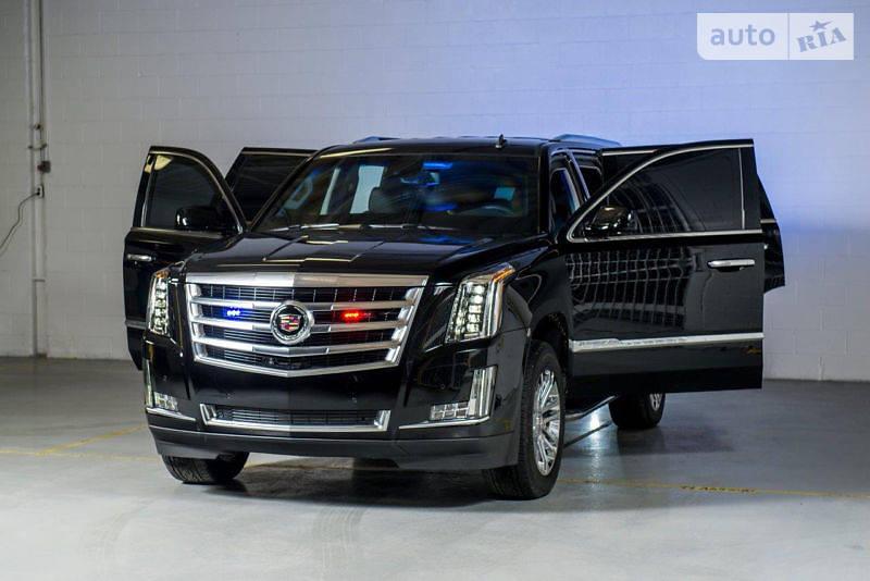 Cadillac Escalade 2018 року