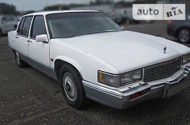 Cadillac Fleetwood  1989