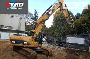 Caterpillar 323 DL 2010