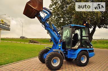 Caterpillar 906  2005