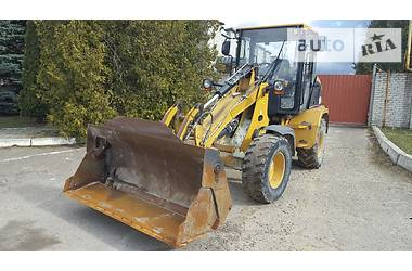 Caterpillar 908  2005