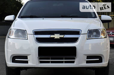 Chevrolet Aveo 1.5  2011