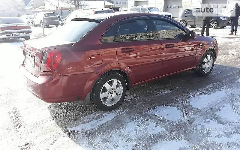 Chevrolet Lacetti 2004 року