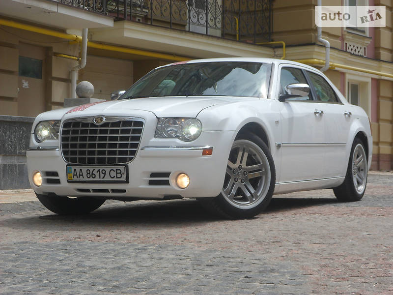 Седан Chrysler 300 C