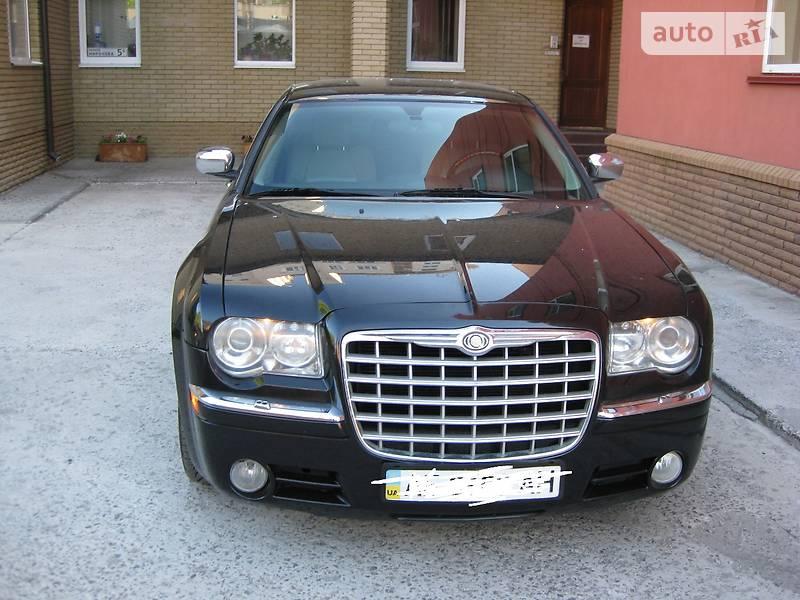 Chrysler 300 C 2005 року