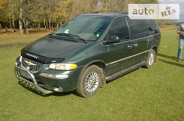 Chrysler Town & Country limited 1999