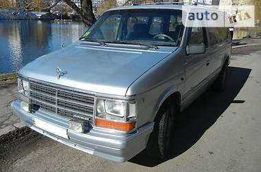 Chrysler Voyager  1988