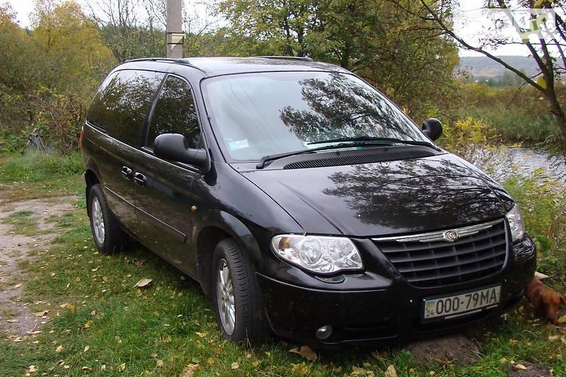 Chrysler Voyager 2005 року
