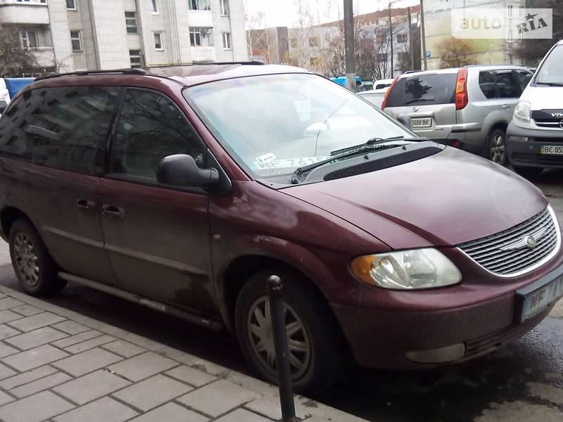 Chrysler Voyager 2001 року