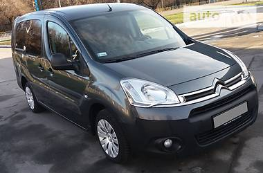 Citroen Berlingo пасс. LONG CLIMAT 6 MEST 2014